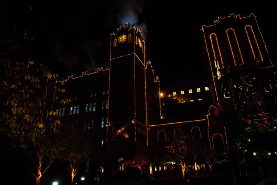 Anheuser Busch Brewery holiday lights